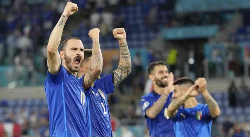 "Euro2020. Itália ganha está nos ""oitavos"" e assume-se candidata ao título"