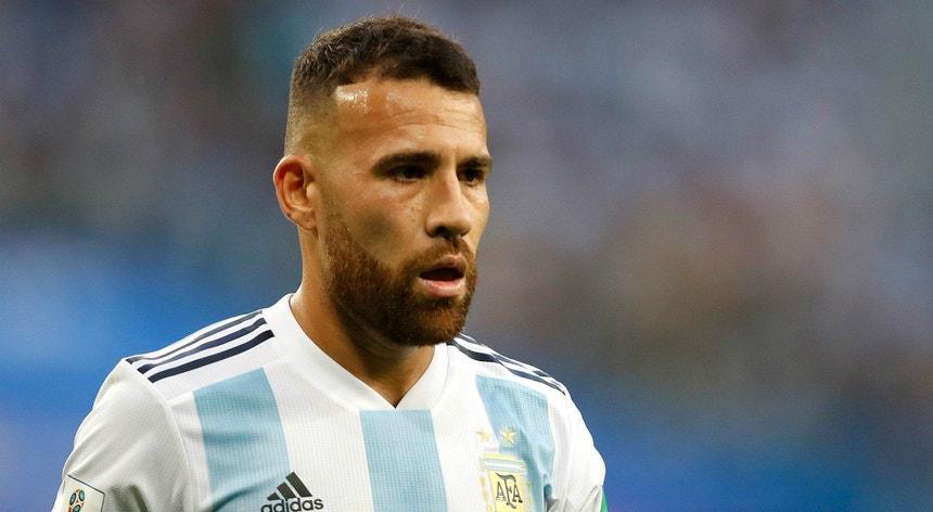 Otamendi é imprescindível para o selecionador argentino Lionel Scaloni