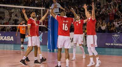 Benfica ganha no Montegreno e avança no acesso à Champions de voleibol