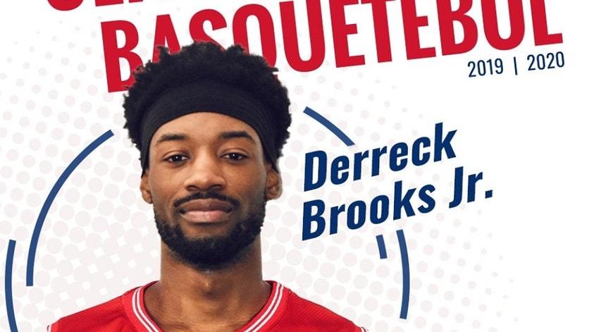 O norte-americano Derreck Brooks Jr. reforça a equipa campeã nacional