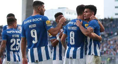 `Bis` de Taremi e Luís Díaz embalam goleada do FC Porto