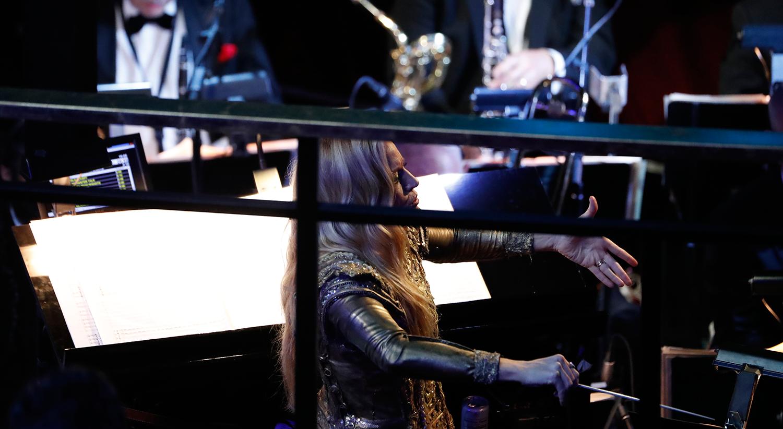 Eimear Noone foi a primeira mulher a conduzir a orquestra dos Óscares /  Mario Anzuoni - Reuters