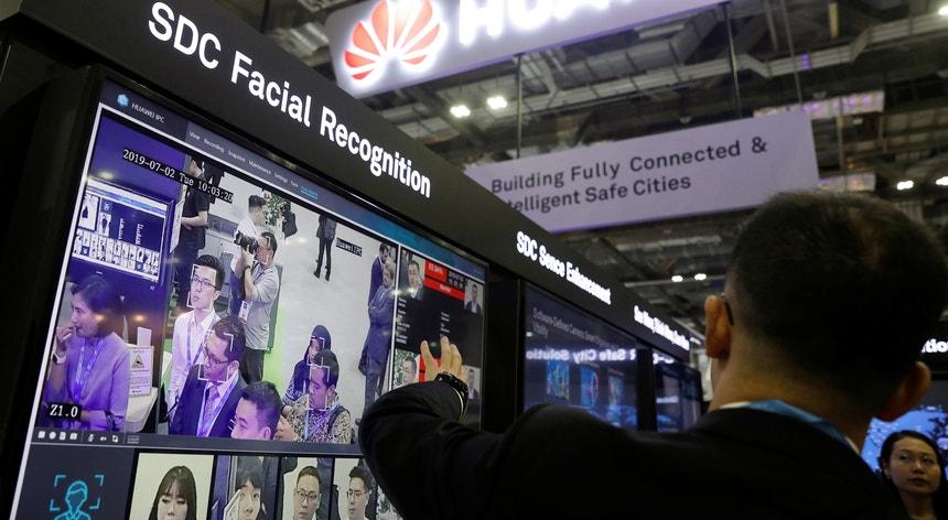 A China está entre os grandes defensores do reconhecimento facial mesmo com hesitações de outros países
