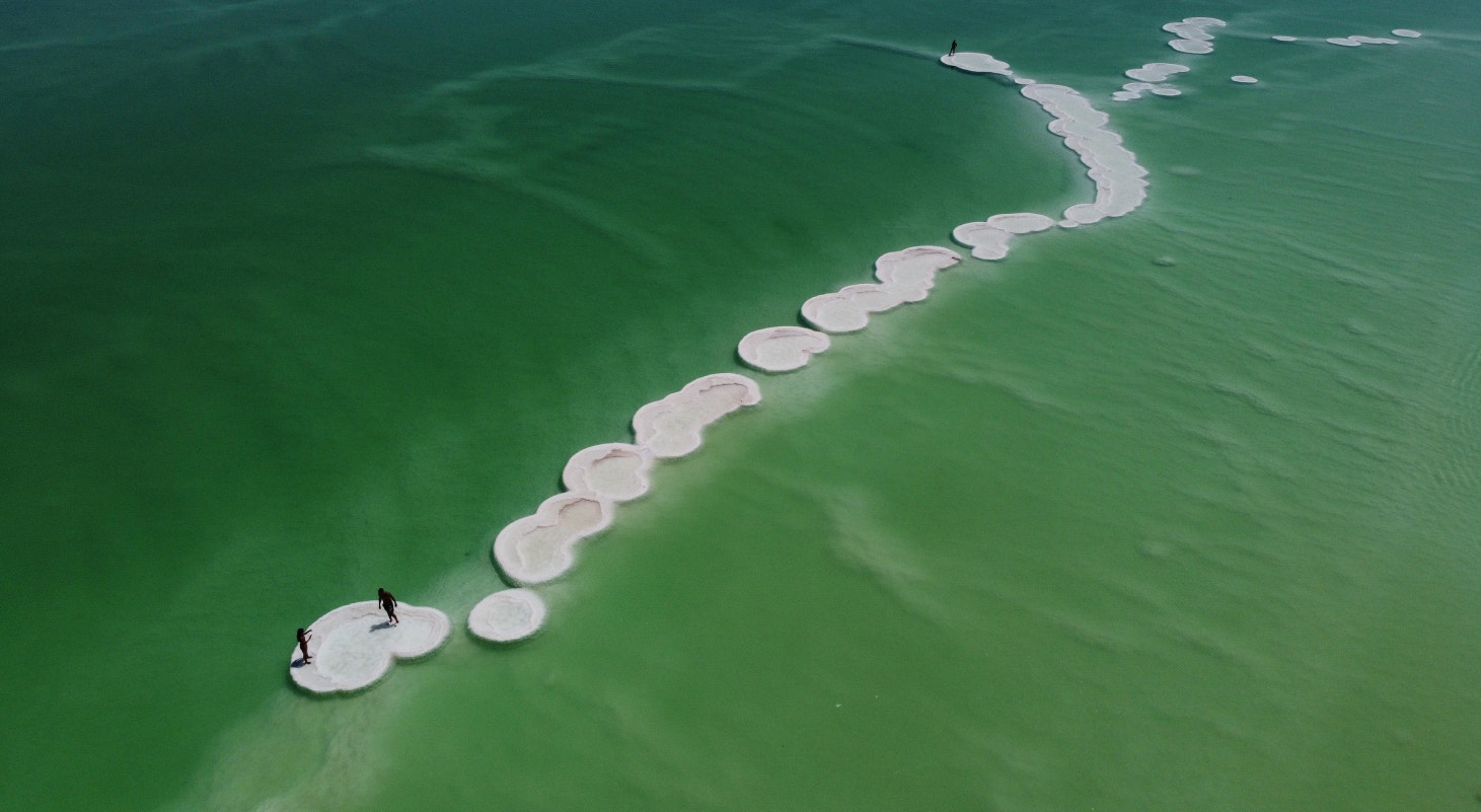 Israel, formações de sal no Mar Morto em agosto, Ein Bokeq | Ammar Awad - Reuters
