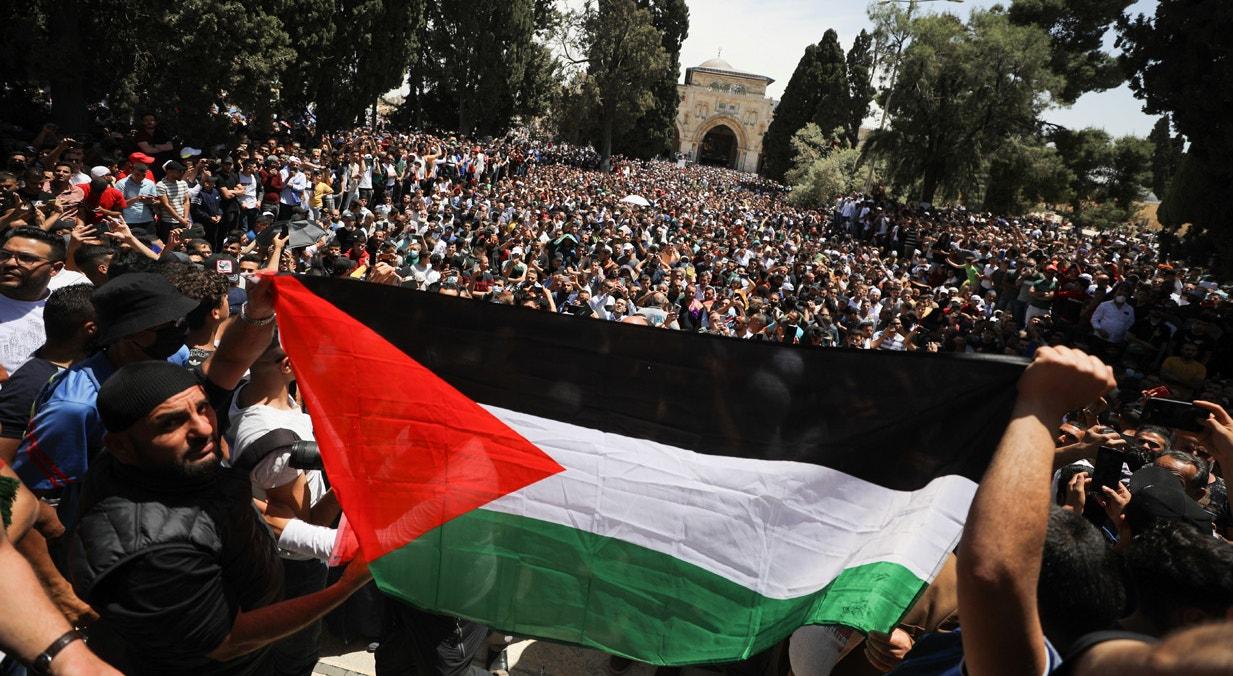 Israel. Manifestação contra o possível despejo de famílias palestinianas do bairro Sheikh Jarrah em Jerusalém | Ammar Awad - Reuters