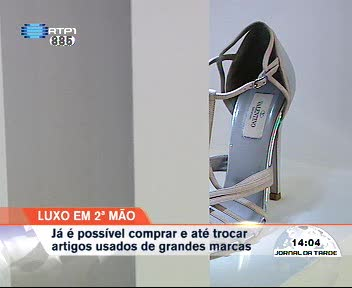 89f1ae689a0 Artigos de luxo em segunda mão  loja abre no Porto - País - RTP Notícias