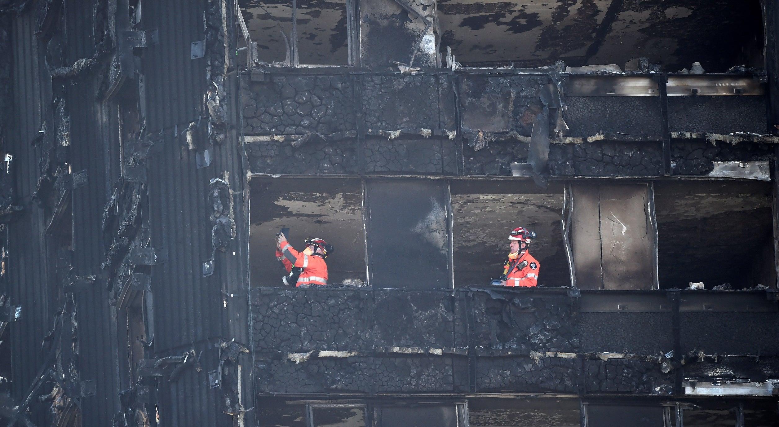 Número de vítimas mortais do incêndio em Londres sobe para 58