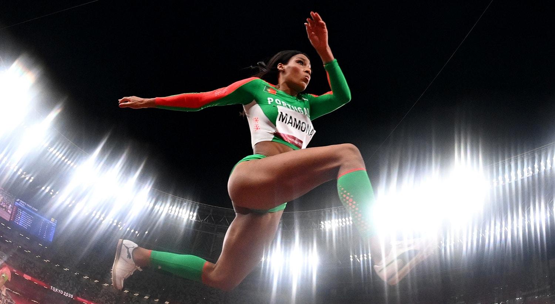Patrícia Mamona na final de triplo salto.   Foto: Dylan Martinez - Reuters