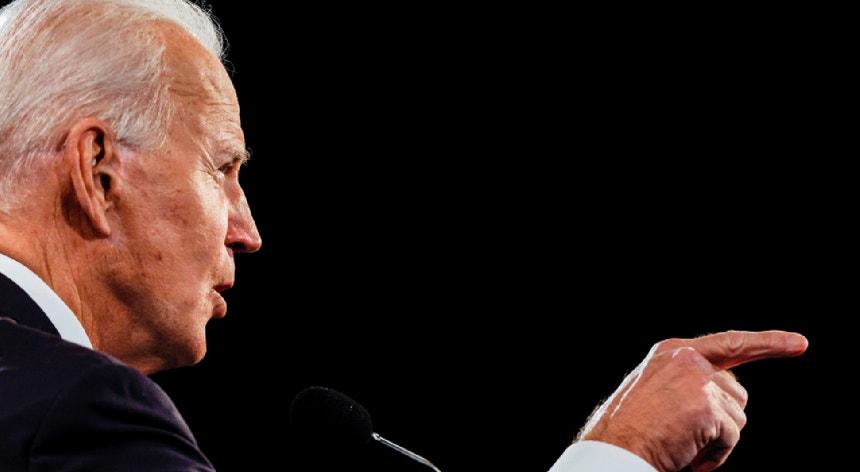 """Para Biden, """"a última coisa de que precisamos é tornar o Supremo Tribunal num campo de futebol político""""."""