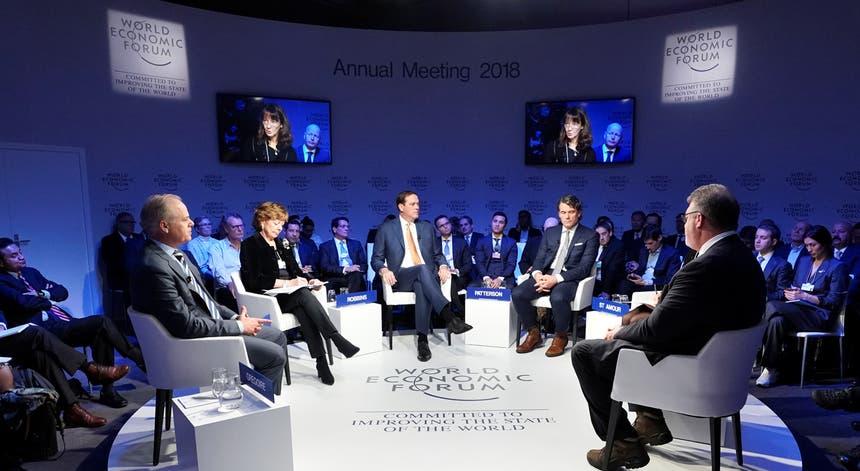 As principais figuras mundiais vão marcar presença em Davos. Foto: Denis Balibouse - Reuters