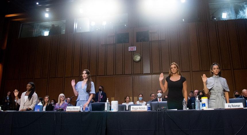Simone Biles, McKayla Maroney, Maggie Nichols e Aly Raisman compareceram perante o Congresso norte-americano