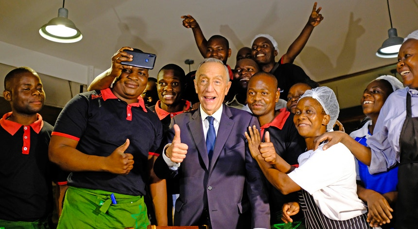 """""""Estou a carregar baterias em Moçambique, pode ser que isso ajude em termos também de Portugal"""""""