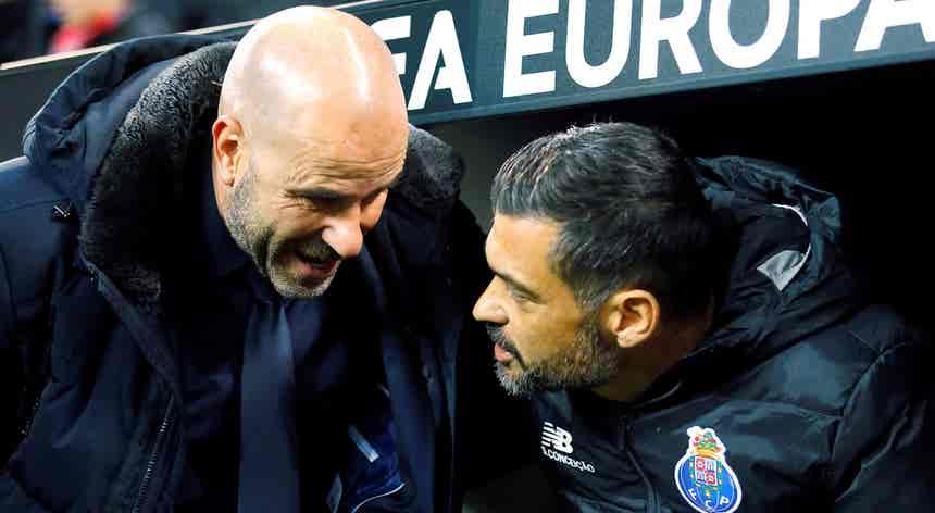 """Treinador do Bayer Leverkusen promete equipa """"a atacar para vencer"""" FC Porto"""