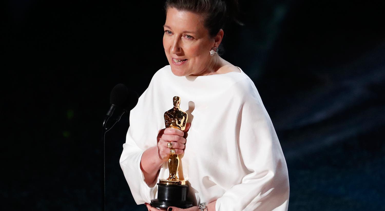 """Jacqueline Durran recebeu o Óscar pelo Melhor Guarda Roupa em """"Little Womem"""" /Mario Anzuoni - Reuters"""