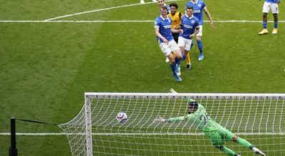 Wolverhampton vira resultado e bate o Brighton na liga inglesa