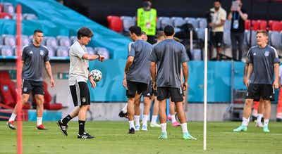 Euro2020. Lesionados Hofmann e Klostermann falham último treino da Alemanha