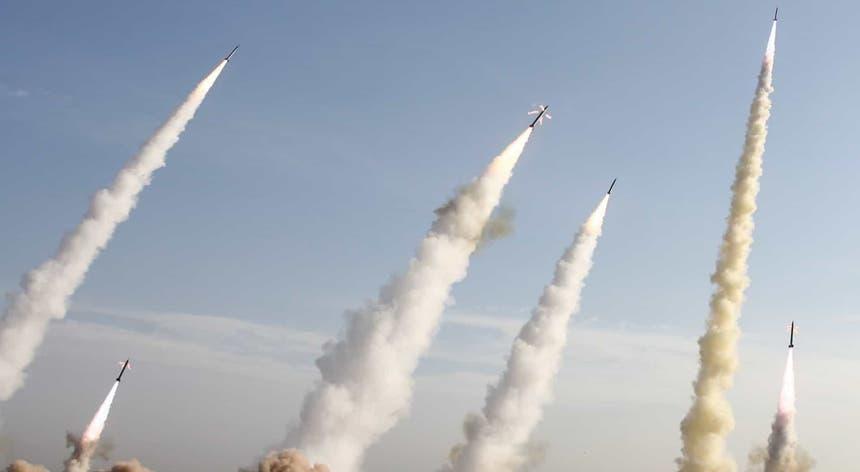 Resultado de imagem para Guarda Revolucionária do Irão reivindica ataque às duas bases militares no Iraque