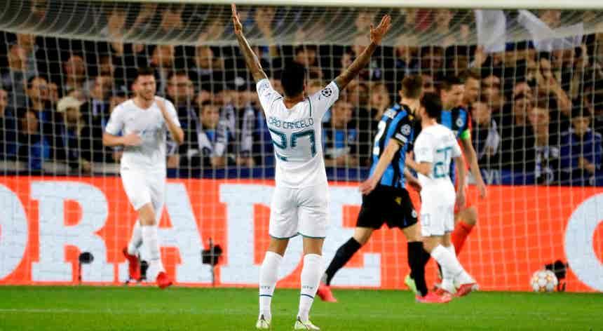 Sporting arrecada primeira vitória, Cancelo inicia goleada do City