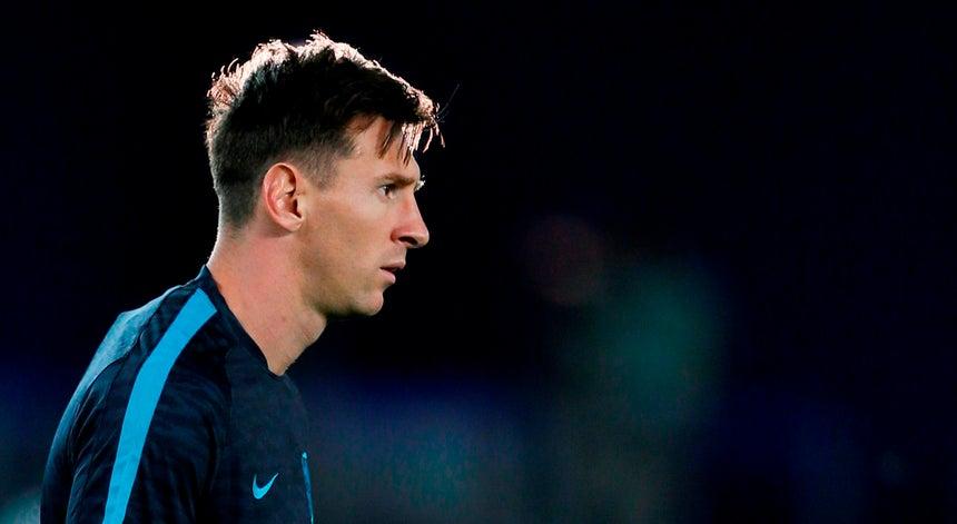 Resultado de imagem para Contrato de Messi inclui cláusula política