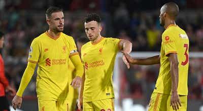 Liverpool empata, com golo de Jota, e Brighton sonha com a liderança da Premier League