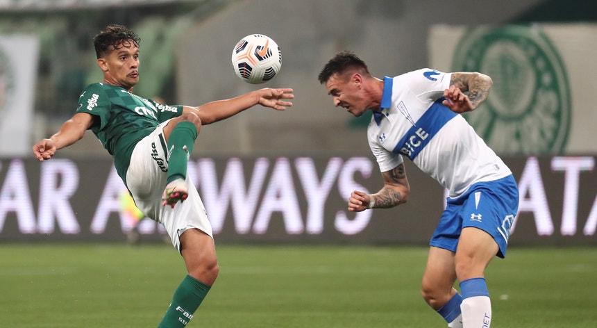 """Num jogo onde o Palmeiras falhou golos em série o """"verdão"""" acabou por vencer e ser apurado"""