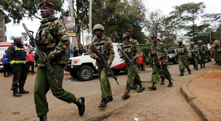 Atentado em hotel no Quénia termina com todos os atacantes eliminados