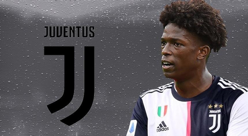 Félix Correia depois do Manc.City agora veste a camisola de outro gigante a Juventus