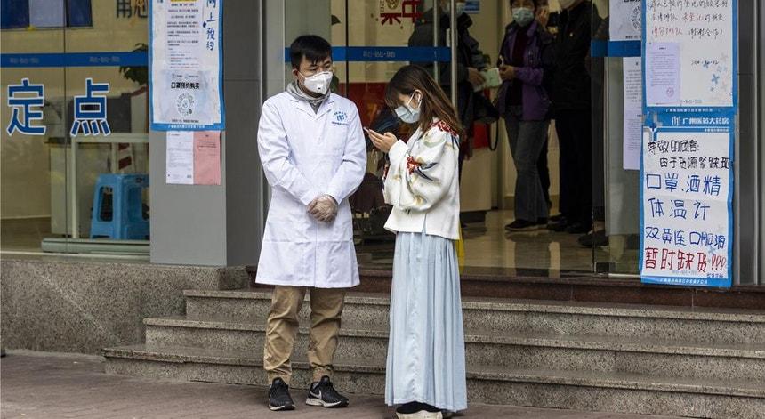 Os sul coreanos receiam uma 3.ª vaga e começam a tomar medidas preventivas