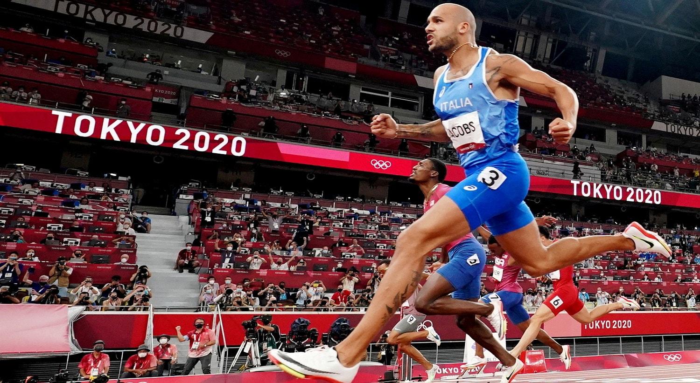 Na final de 100m masculinos Lamont Marcell Jacobs, Itália, correu para o ouro.   Foto: Fabrizio Bensch - Reuters