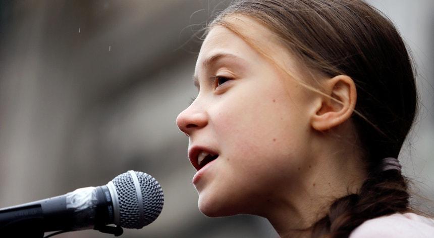 Greta Thunberg faz alertas para o futuro