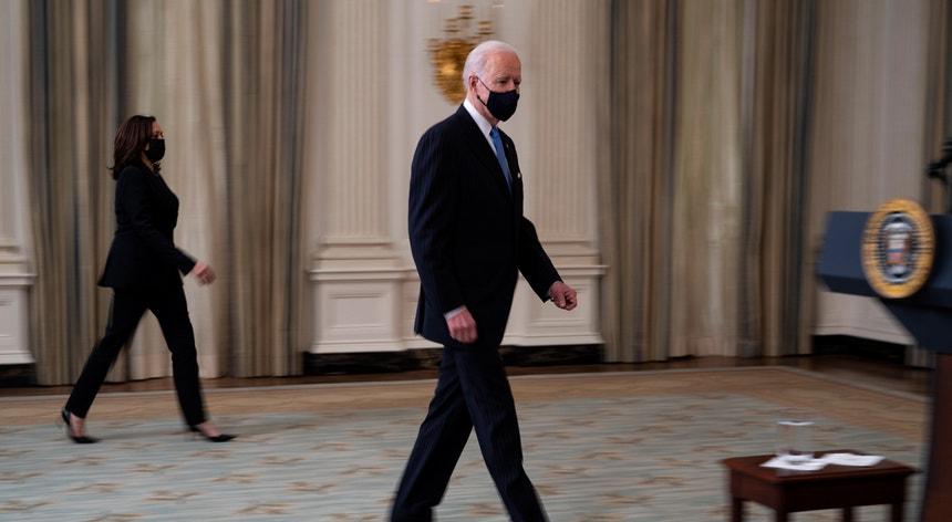 Joe Biden garantiu que o acordo com a Johnson & Johnson permitirá acelerar a vacinação dos norte-americanos