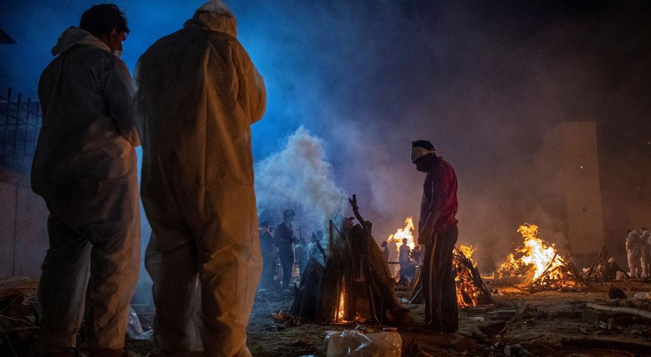 Nova Deli. Crematório | Danish Siddiqui - Reuters