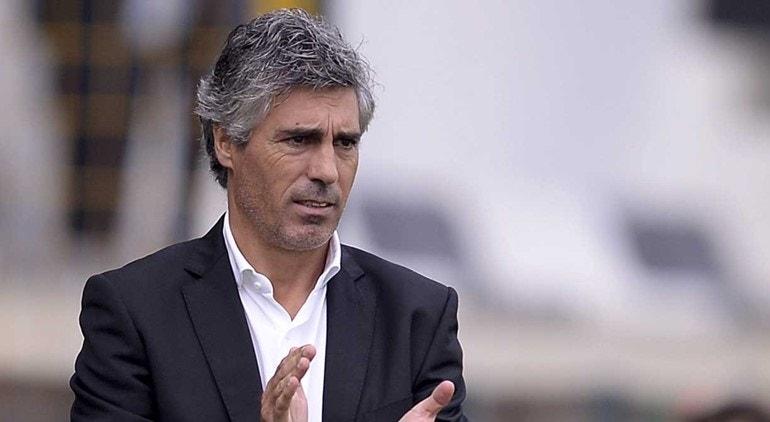 Vítor Paneira acredita que a equipa do Benfica pode voltar a surpreender em Frankfurt
