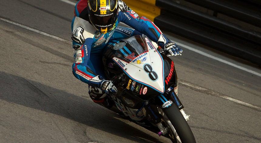 Resultado de imagem para Piloto Daniel Hegarty morre em acidente no GP de Macau