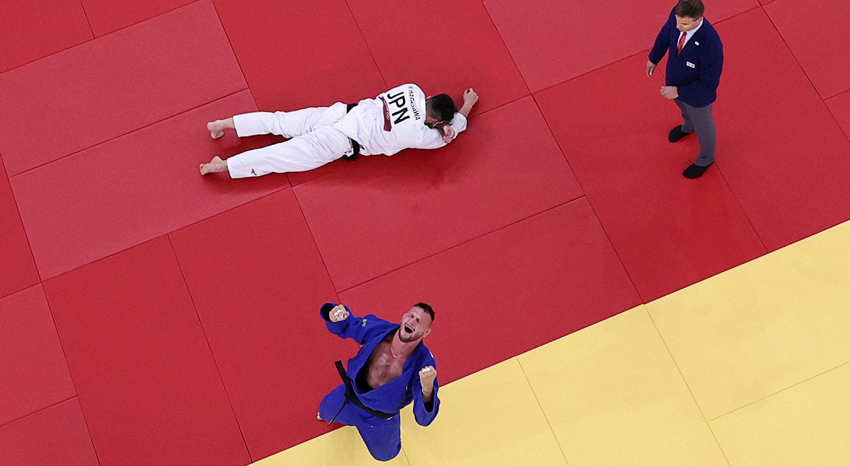 Judo +100kg. Lukas Krpalek da República Checa celebra a vitória na semi-final.   Foto: Sergio Perez - Reuters