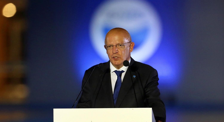 """Portugal expressa solidariedade com França e diz que Austrália """"furou compromissos"""""""