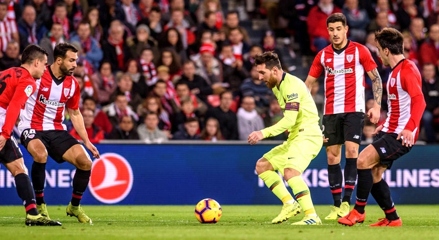 be733f73fd1d0 FC Barcelona empata 0-0 em Bilbau e Real Madrid fica a seis pontos ...
