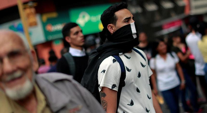 Os venezuelanos parecem não querer levar muito a sério os perigos da doença
