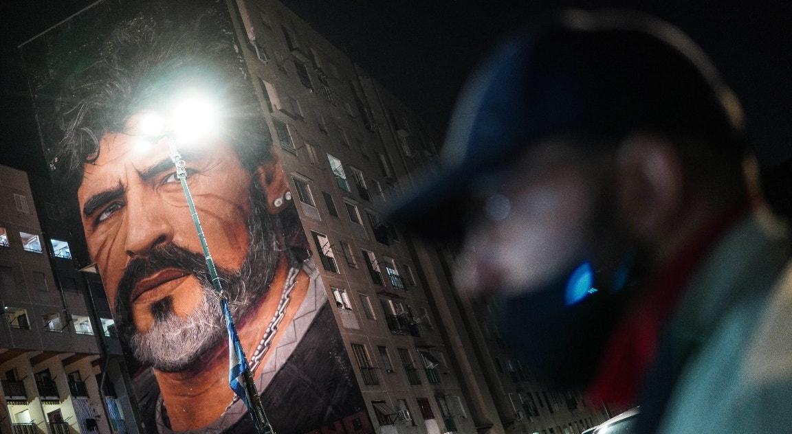 Itália, Nápoles. Mural em San Gionanni al Teduccio   Cesare Abbate - EPA tributo a Maradona