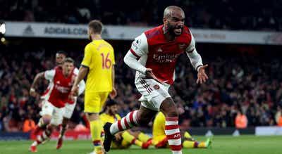 Lacazette impede derrota do Arsenal com golo aos 90+5 minutos