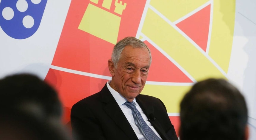 """O Presidente da República destaca que o OE2019 prevê que """"a matéria constante do diploma seja objeto de processo negocial sindical"""""""