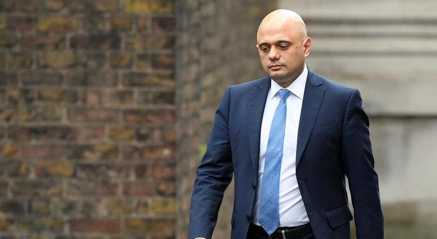 Sajid Javid ao dirigir-se ao nº10 de Downing Street, Londres, a 13 de fevereiro de 2020