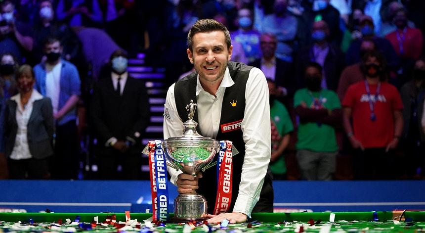 Mark Selby é campeão mundial pela quarta vez