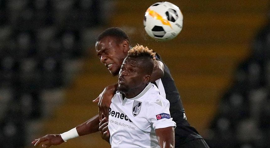Vitória não foi feliz e perdeu com o Eintracht