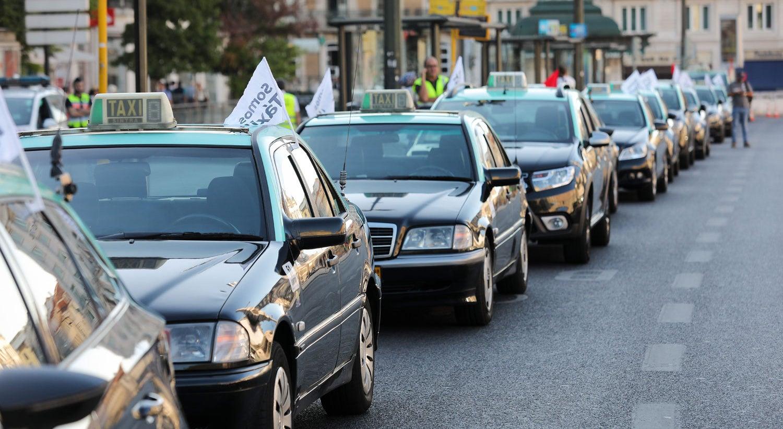 Resultado de imagem para Táxis: Protesto no Porto vai manter-se ao longo do fim de semana