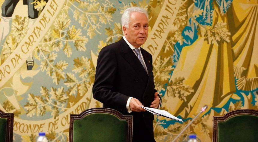 O relatório publicado quinta-feira pelo FMI não poupa críticas ao banco central português