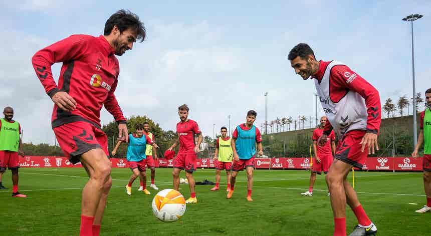 Liga Europa. Benfica e SC Braga procuram consolidar