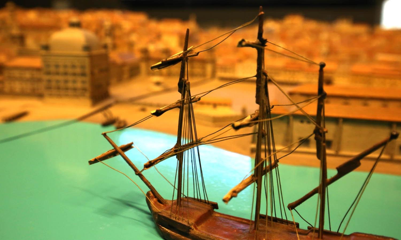 Maqueta de Lisboa anterior ao Terramoto de 1755, idealizada por Gustavo de Matos Sequeira em 1945. Executada durante vários anos por Ticiano Violante e Jaime Martins Barata.