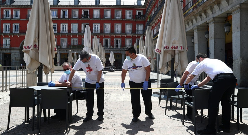 Em Madrid as esplanadas voltaram a abrir ao fim de mais de dois meses.