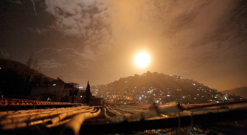 As Forças de Defesa de Israel escolheram alvos nos arredores da capital síria, Damasco